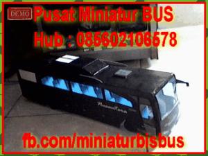 miniatur-bus-bis-333